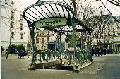 place PARIS - Edicule Guimard - Photo 1