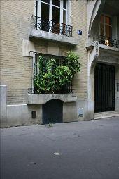 place PARIS - 45/47 av. Junot (1) - Photo 1