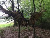 Point d'intérêt Gesves - OEuvre n° 99 « Alis Volat Propriis - Il vole de ses propres ailes » Fiona Paterson, France – 2016 - Photo 1